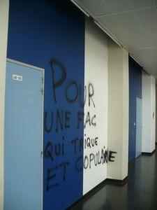 toulouse political slogans 2a